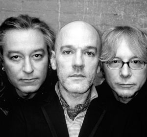 R.E.M. - Fall On Me (Unplugged)