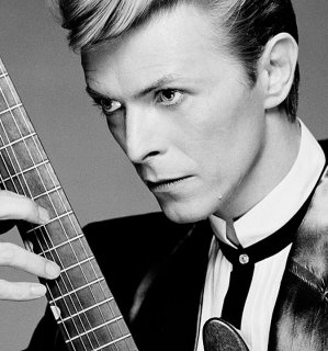Mira el video póstumo de David Bowie para 'I Can't Give Everything Away'
