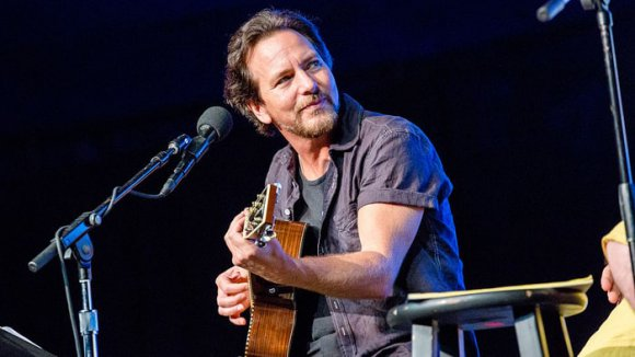 Eddie Vedder Tributa a Chris Cornell