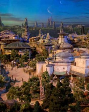 FOTOS Y VIDEO | Disney reveló modelo escala de 'Star Wars Land' y ya queremos estar ahí