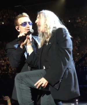 VIDEO | Patti Smith se unió a U2 para cantar 'Mothers of the Disappeared'