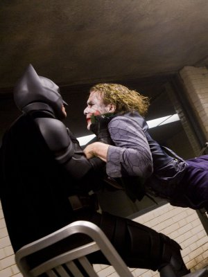 Heath Ledger exigió ser golpeado de verdad en el set de 'The Dark Knight', confirma Christian Bale