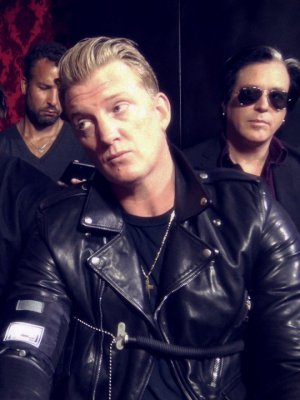 Queens Of The Stone Age confirma inminente anuncio de show en Chile