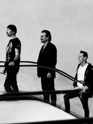 Esto es 'Get Out Of Your Own Way' y 'The Blackout', los nuevos temas de U2