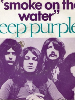 Del recuerdo: Cumple años la historia que inspiró 'Smoke On The Water' de Deep Purple