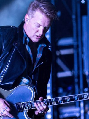 VIDEO | Queens Of The Stone Age hizo primera aparición en vivo tras incidente de Josh Homme