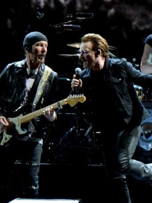 VIDEO | U2 se sumó a los homenajes a Chris Cornell con un emotivo cover