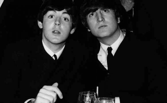 Paul McCartney recuerda masturbación grupal junto a John Lennon — Come Together