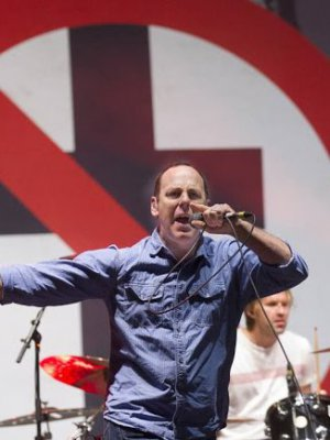 """The Profane Rights of Man"": el combativo nuevo single de Bad Religion"