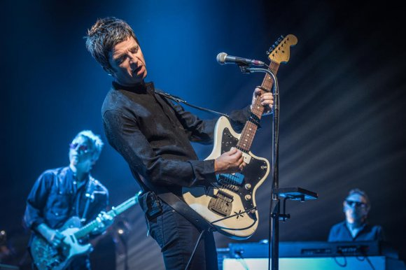VIDEO | Noel Gallagher compara a Argentina con Manchester y regala canción que no tocó en Chile