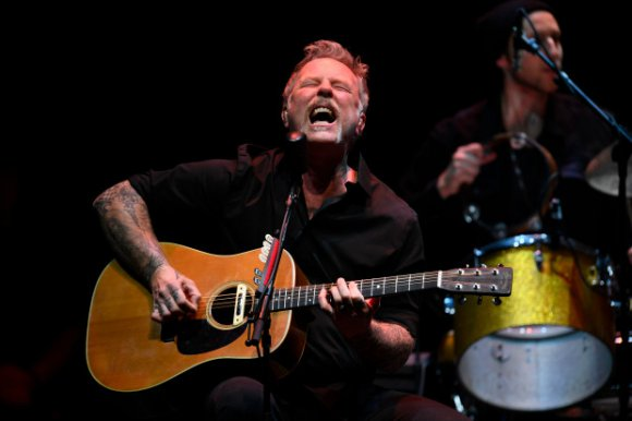 VIDEO | De 'Disposable Heroes' a 'The Unforgiven': así sonó el show acústico a beneficio de Metallica