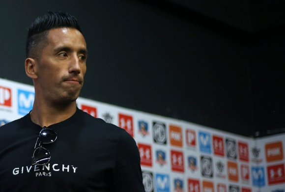 Definitivo: Marcelo Espina confirma que Lucas Barrios no sigue en Colo Colo