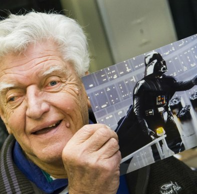 A días de su fallecimiento, confirman causa de muerte de David Prowse, actor detrás de Darth Vader|A días de su fallecimiento, confirman causa de muerte de David Prowse, actor detrás de Darth Vader
